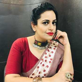 Celebrity Priyamvada Singh - Tring India