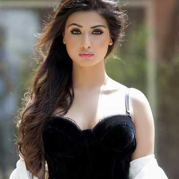 Celebrity Nikita Sharma - Tring India