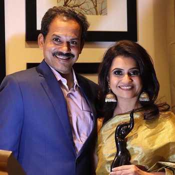 Celebrity Amruta & Sandesh - Tring India
