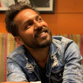 Celebrity Malik Sahaab - Tring India