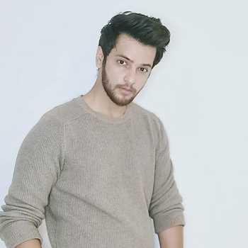 Celebrity Shivam Khajuria - Tring India
