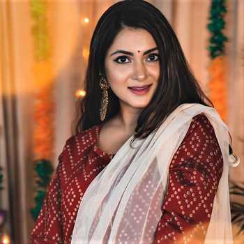 Celebrity Shambhavi Mishra - Tring India