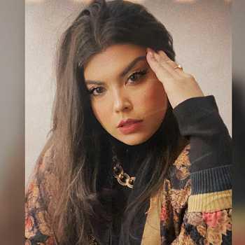 Celebrity Bhavini Soni - Tring India