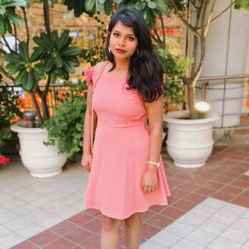 Celebrity Tripti Charan - Tring India