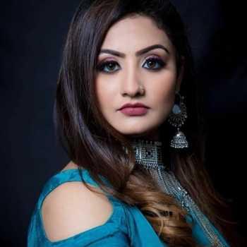 Celebrity Isha Gangore - Tring India