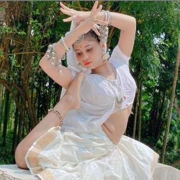 Celebrity Mili Sarkar - Tring India
