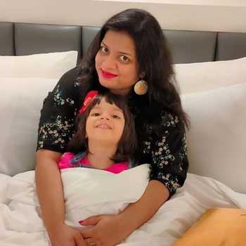 Celebrity Garima Bansal - Tring India