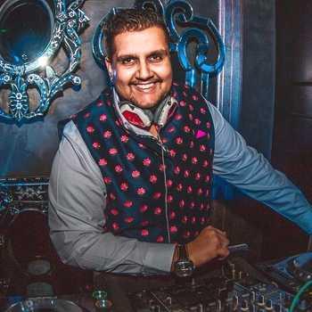 Celebrity DJ ALEX - Tring India