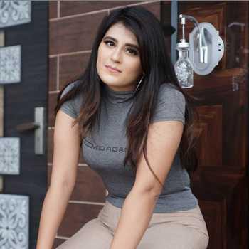 Celebrity Neha Nagar - Tring India
