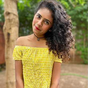 Celebrity Sae Utekar - Tring India