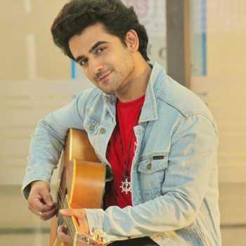 Celebrity Suraj Sonik - Tring India