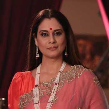 Celebrity Mallika Nayak - Tring India
