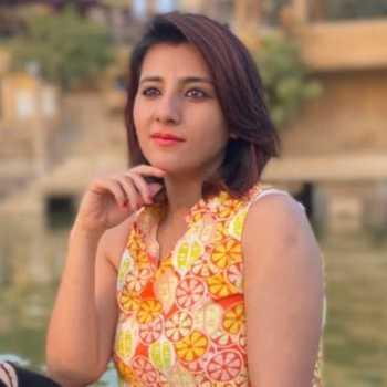 Celebrity Ruchita Batra - Tring India
