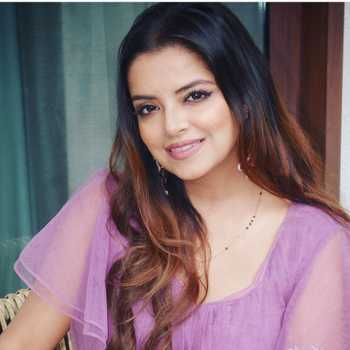 Celebrity Rini Chandra - Tring India