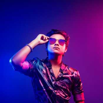 Celebrity Aajeedh Khalique - Tring India