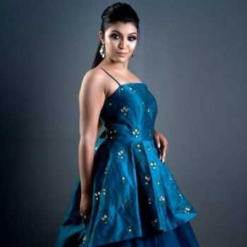 Celebrity Shivani Patel - Tring India