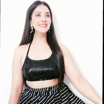 Celebrity Gargi Sharma - Tring India