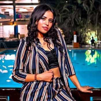 Celebrity Reva Parihar - Tring India
