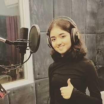 Celebrity Asha Bhat - Tring India