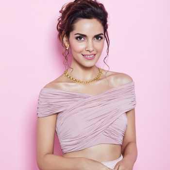 Celebrity Shazahn Padamsee - Tring India