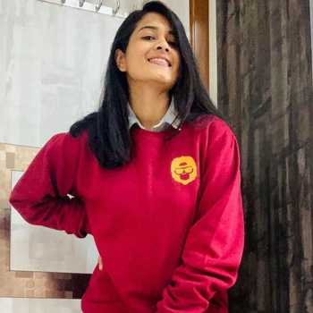 Celebrity Khushboo Rathi - Tring India