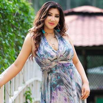 Celebrity Anaya Brahma - Tring India