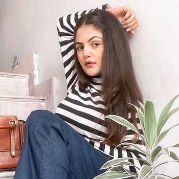 Celebrity Deepali Rathore - Tring India