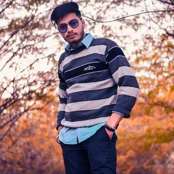 Celebrity Rishiraj Namdev - Tring India