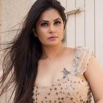 Celebrity Aabha Paul - Tring India