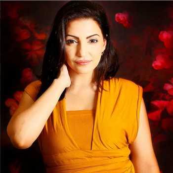 Celebrity Navina Bole - Tring India