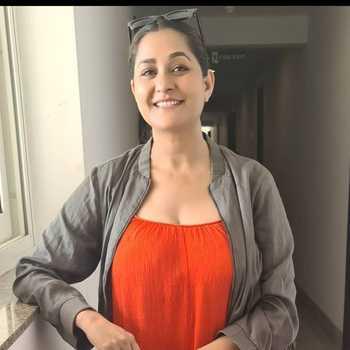 Celebrity Rakhi Tripathi - Tring India