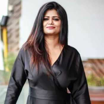 Celebrity Deepikka Srivaastava - Tring India