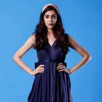 Celebrity Archana Vadnerkar - Tring India