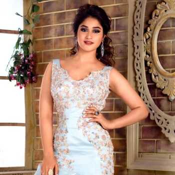 Celebrity Pratibha Singh Baghel - Tring India