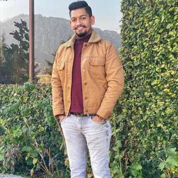 Celebrity Deepanshu Kaushik - Tring India