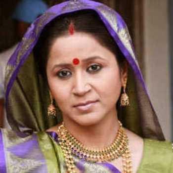 Celebrity Asmita Sharma - Tring India