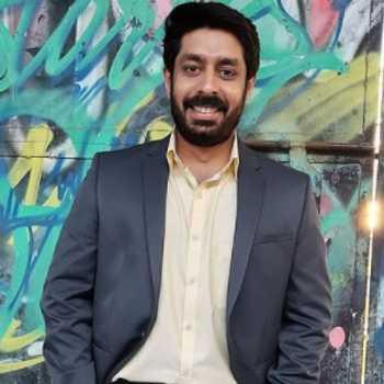 Celebrity Varun Vazir - Tring India