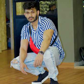 Celebrity Nikhil Babar - Tring India