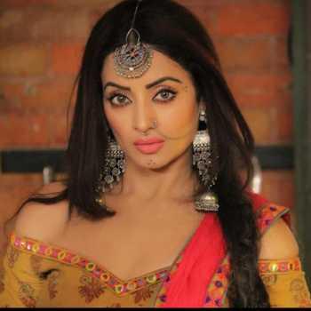 Celebrity Sonia Singh - Tring India