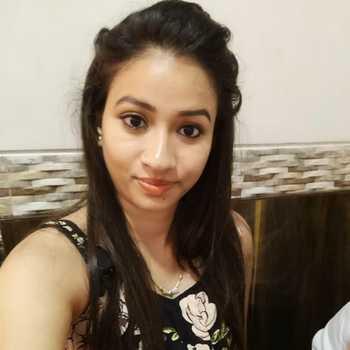 Celebrity Neha Jethva Parmar - Tring India