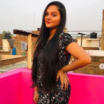 Celebrity Yamini Makwana - Tring India