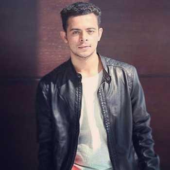 Celebrity Akash Makhija - Tring India