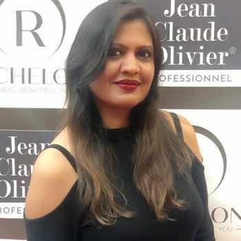 Celebrity Mayura Jain - Tring India