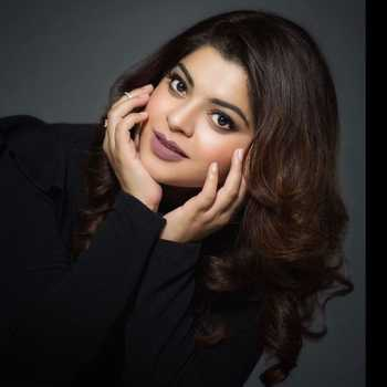Celebrity Sneha Wagh - Tring India