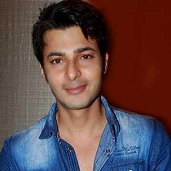 Celebrity Akkshay Sethi - Tring India
