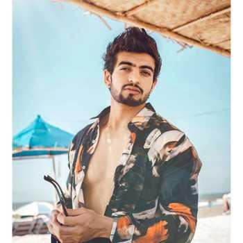 Celebrity Abhi Sharma - Tring India
