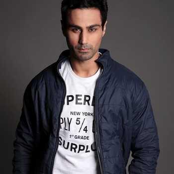 Celebrity Karan Oberoi - Tring India