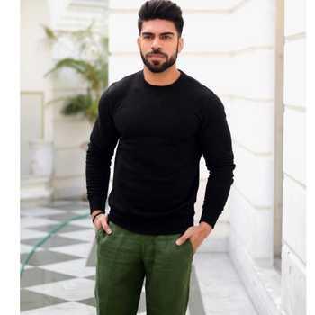 Celebrity Nikhil Tashmm - Tring India