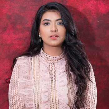 Celebrity Kanishka Thakur - Tring India