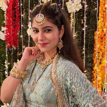 Celebrity Ekroop Bedi Jolly - Tring India